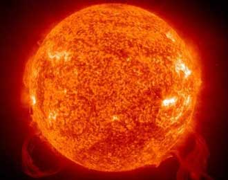 Badai Matahari 2013 Akan Membuat Bumi Tanpa Listrik 6 Bulan