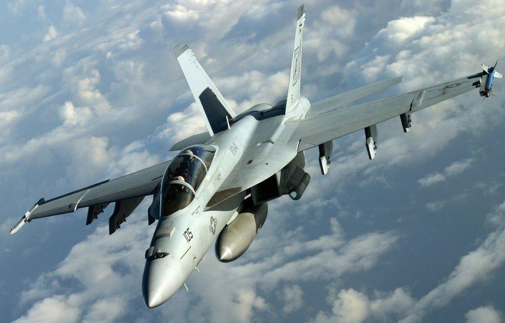 [F18F+2.jpg]