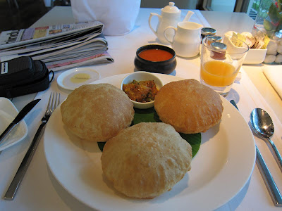 Pooris at 360 Oberoi