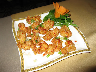 Prawns in Butter, Garlic, Pepper at Golden Dragon
