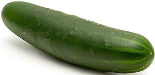 A cucumber | meljoulwan.com