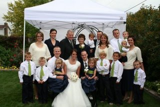 [Family+at+the+Wedding]