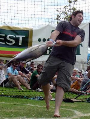Tunarama the Tuna Tossing Festival (Australia)01