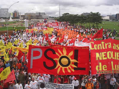 Bê-á-bá da educação, le PSOL (parti dont le NPA est proche) en campagne pour l'éducation et contre les cadeaux aux plus riches PSOL