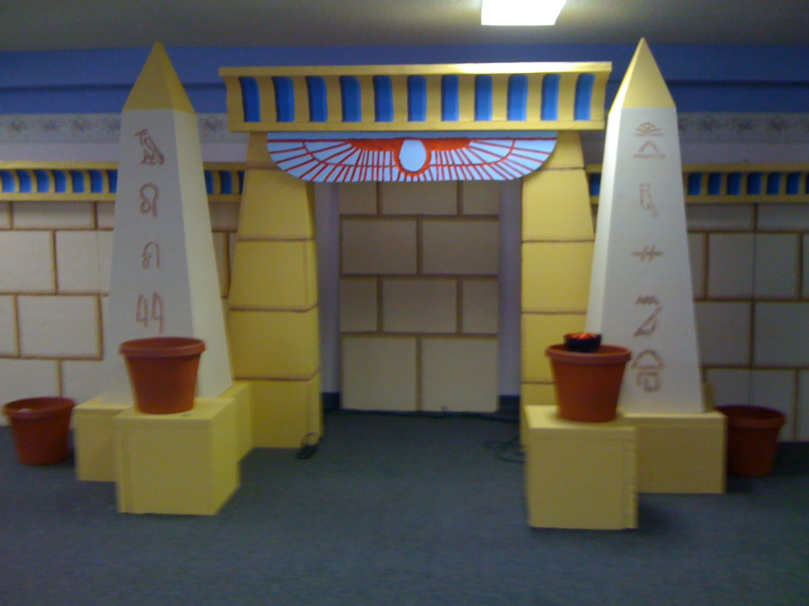 Egyptian Classroom Decor : Stage design children ministry and on pinterest