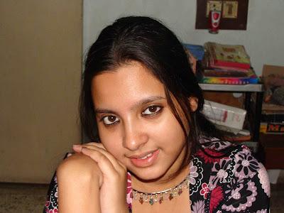 DESI GIRLS AND INDIAN - BRITISH AUNTIES PICS: newly