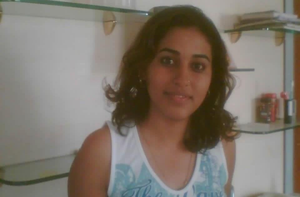 DESI GIRLS AND INDIAN - BRITISH AUNTIES PICS: Dubai arbian