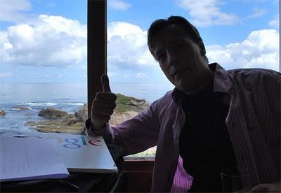 Jaime Jalon Consultor SEO trabajando en la nube computacional