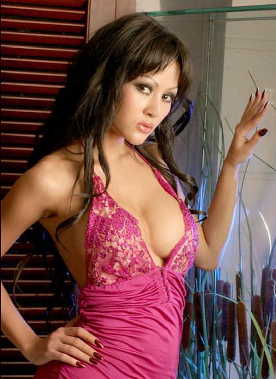 Cynthiara super hot picture