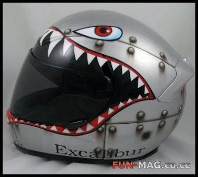 Creative Helmet Art @ auto show
