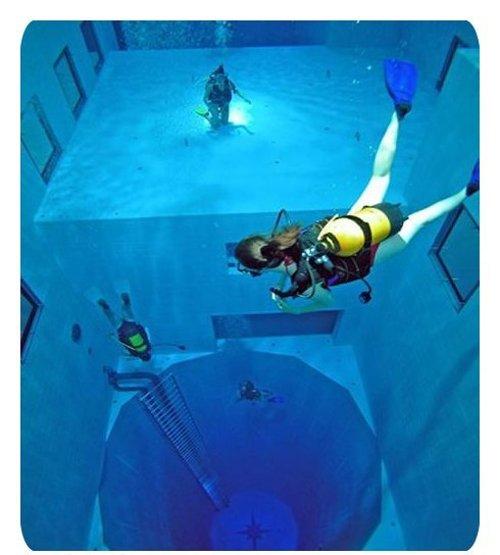 [Worlds-Deepest-Swimming-Pool-007.jpg]
