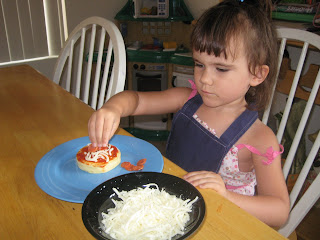 Pizza Playdate for kids mommy and me little chef crafts