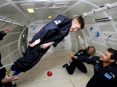 Stephen Hawking vægtløs