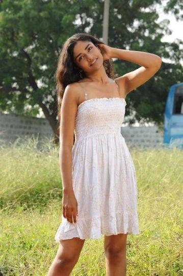sonam actress pics