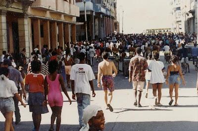SACADO DEL BLOG DESARRAIGOS PROVOCADOS,una serie de fotos ineditas de lo que se vivio aquel dia... Opstand+Havana+28
