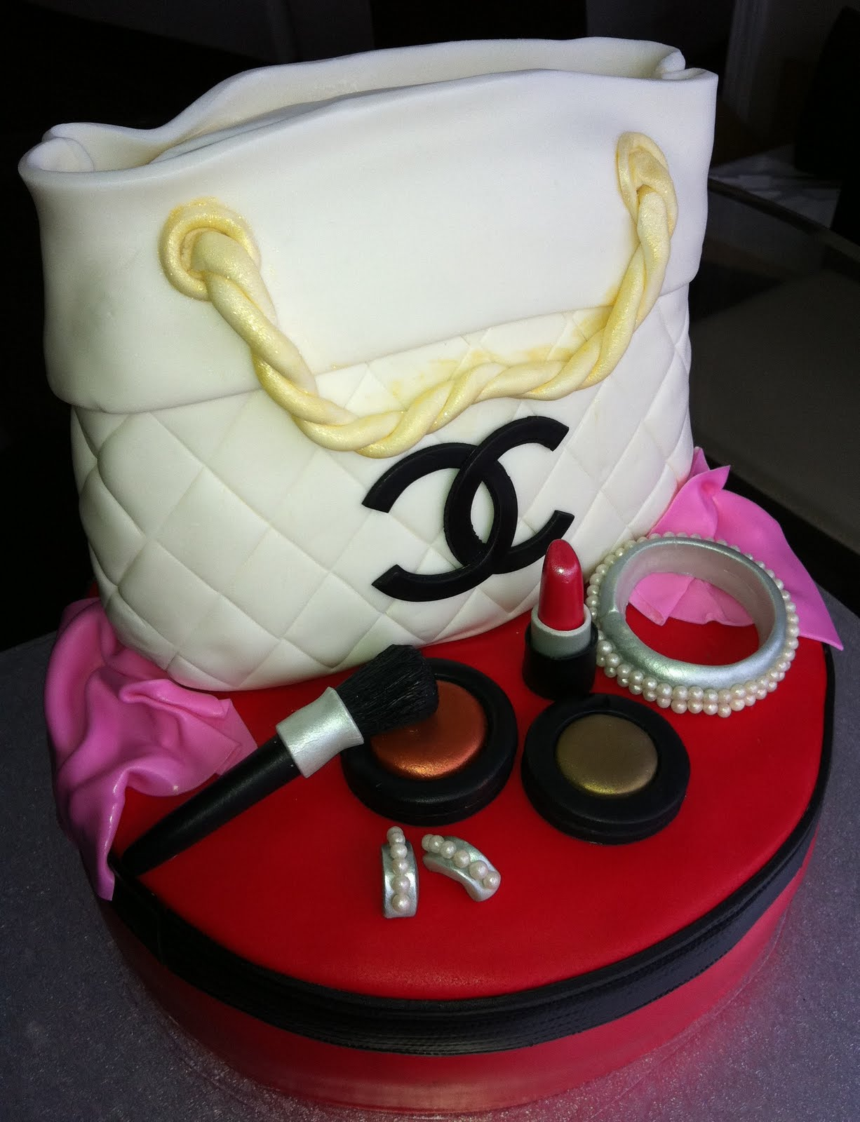 Jocelyn S Wedding Cakes And More Chanel Purse Cake