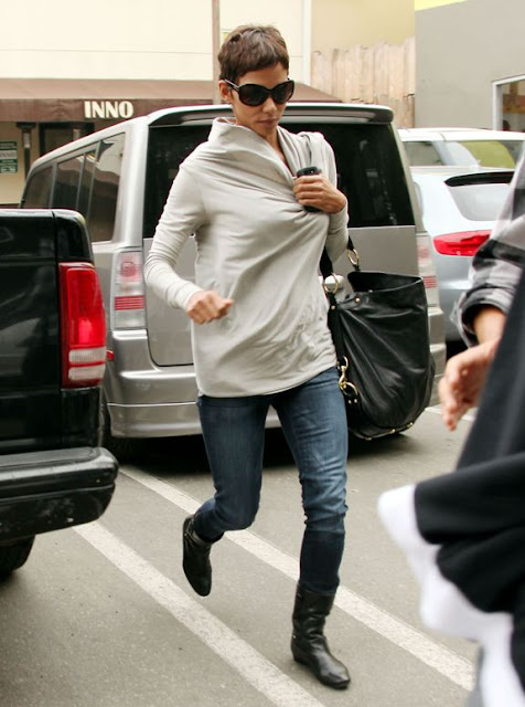 Nikg Life Style Friday Inspiration Halle Berry Streetstyle