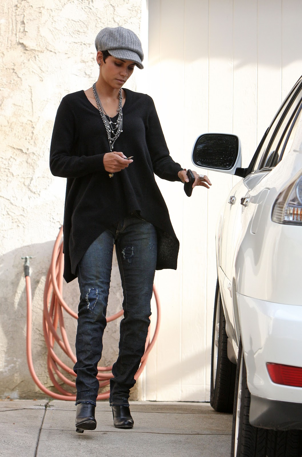 Nikg Life Style Friday Inspiration Halle Berry