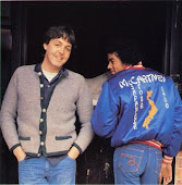PAUL & MICHAEL (JAKET TOUR PAUL MCARTNEY)