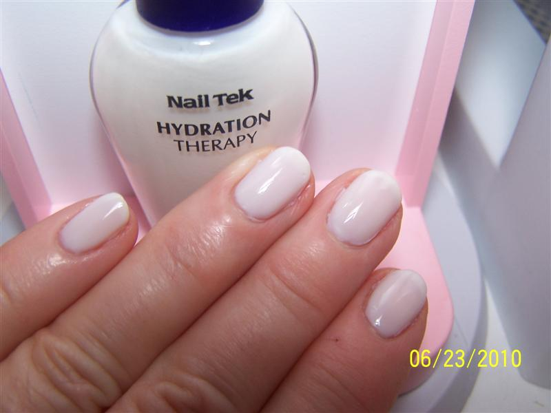 Nail Tek Ever So Slight White And Fauxnading With Plate C02