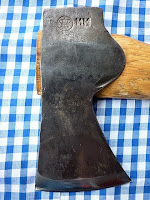 axe spoon maker