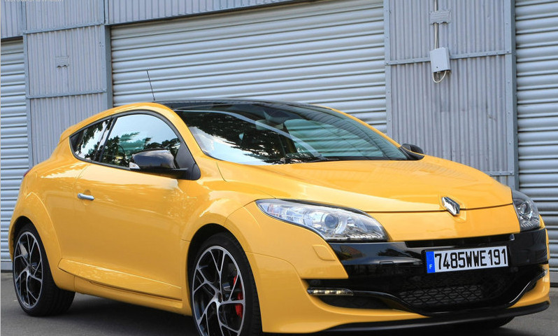 Renault Megane RS Photo And Spec