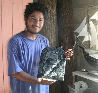 A Belizean Artist with Slate Carving
