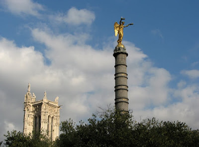 Tour St-Jacques and Napoleon's Victory Monument, Paris
