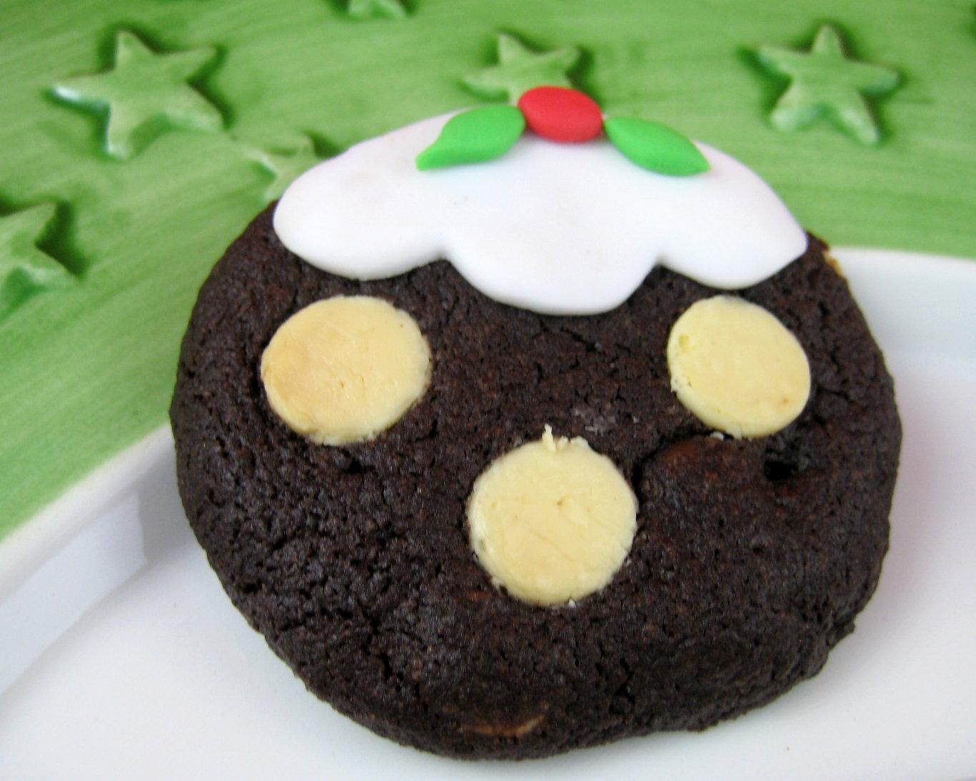 christmas pudding with brandy sauce