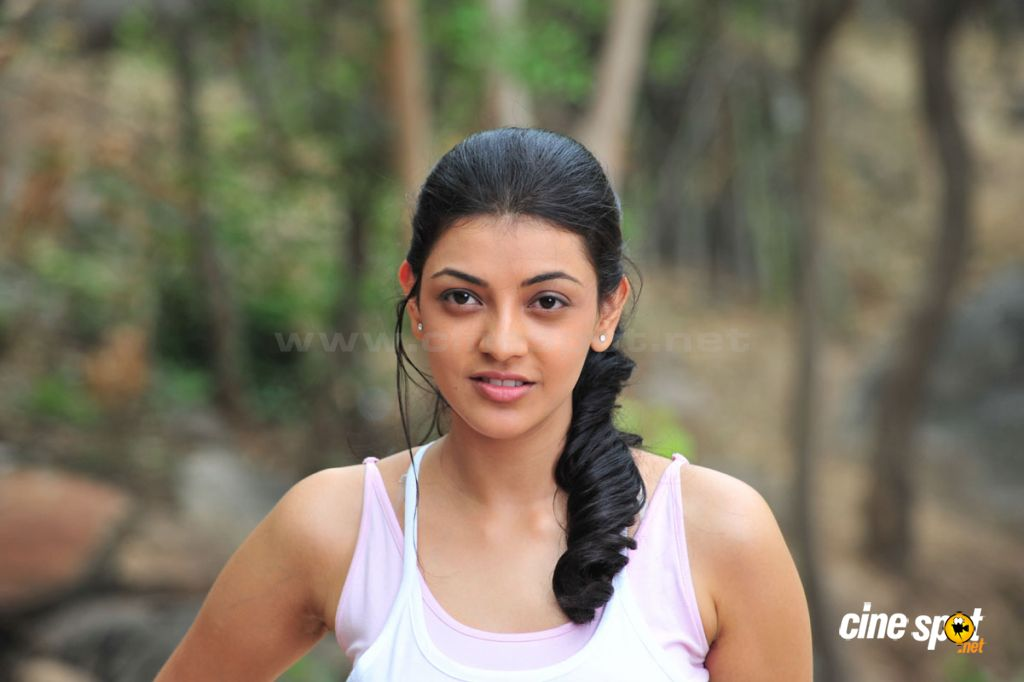 Kajal Agarwal Cute Jogging Stills