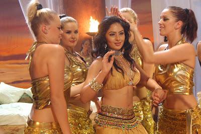 Nikisha Patel Bollywood Actress in Komaram puli Navel Queens