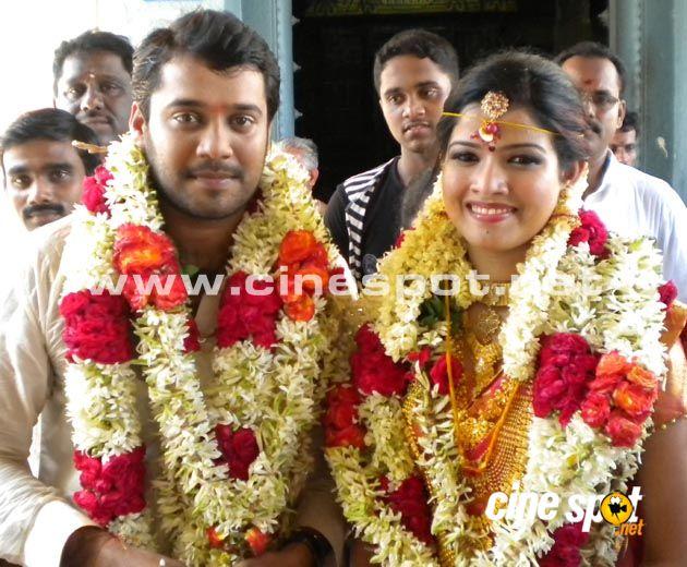 Bala Reception Photos Actor Marriage Amrutha Suresh Pics