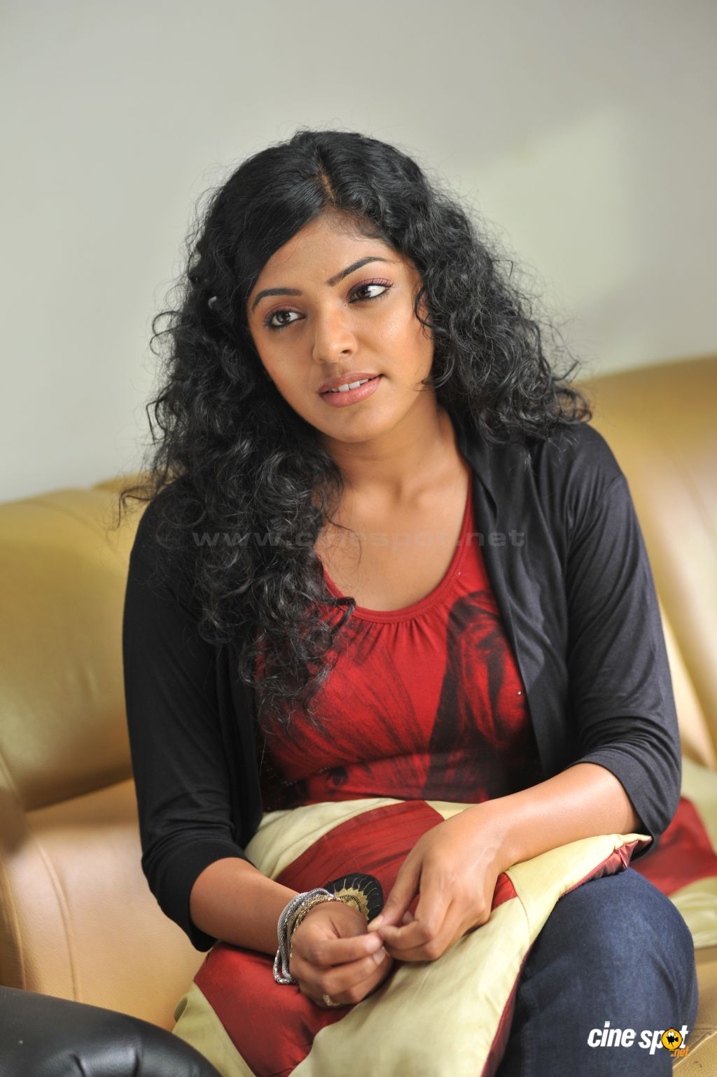Telugu Actress Hot Photos Reema Kallingal Exclusive