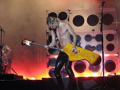 Foto foto gitar unik dan lucu