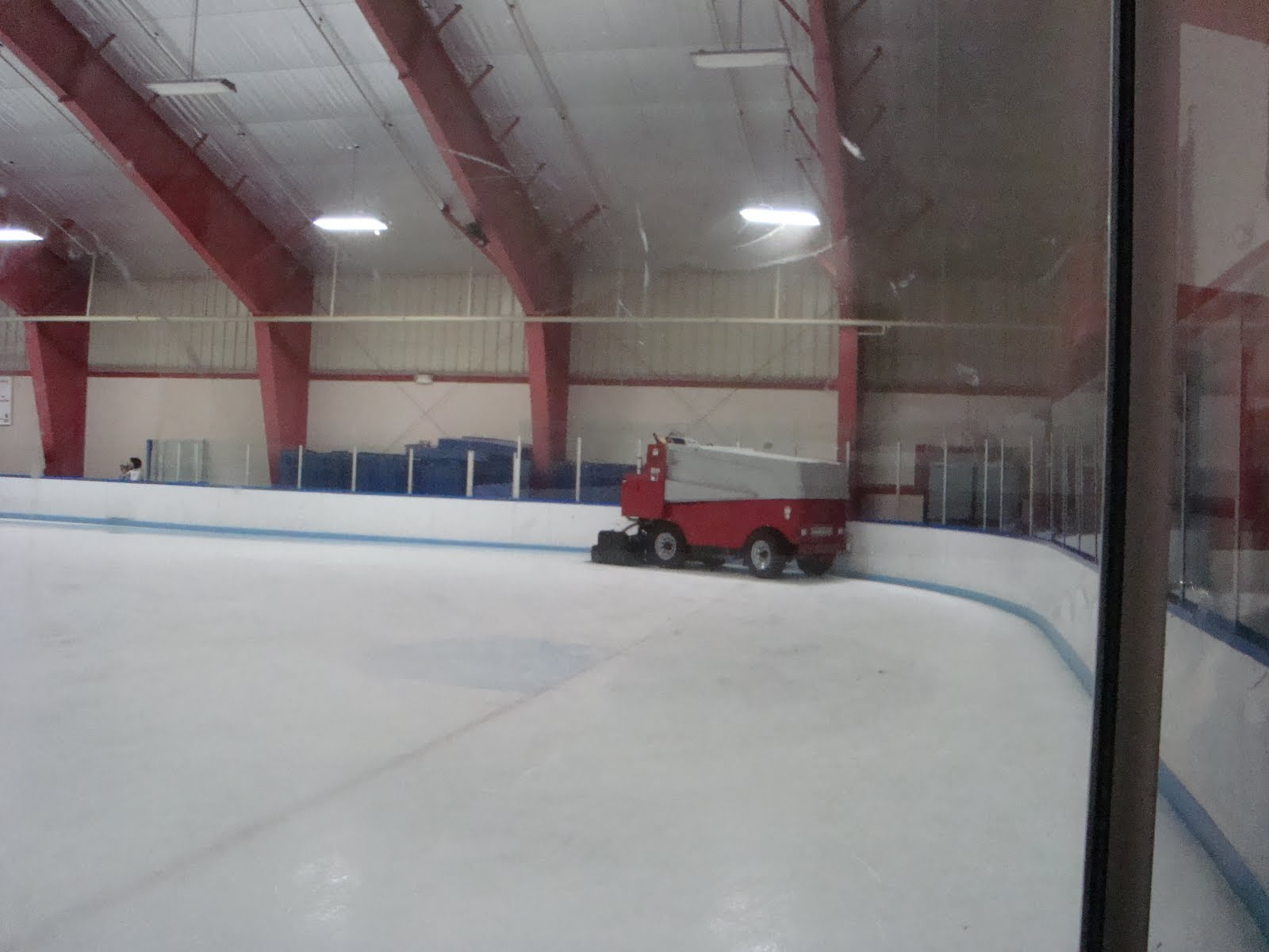 Roller skating rink laurel md - Wheaton Ice Rink Is A Well Maintained Ice Skating Rink On The Boarder Of Silver Spring And Wheaton The Staff Is Very Attentive And Were On The Ice At All