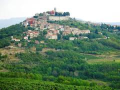 2b - Antichi borghi fortificati dell'Istria centrale - da Pisino a Montona