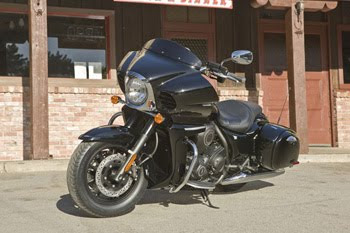 MOTORCYCLE KAWASAKI VULCAN 1700 VAQUERO 2011-TOURING