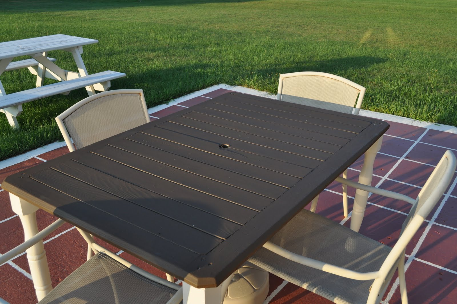 Keep Calm and Decorate Loving My New Patio Table