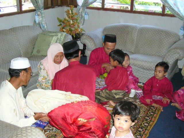 bermaap keampunan se-family