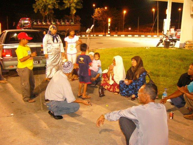 rehat di Shell Gua Musang