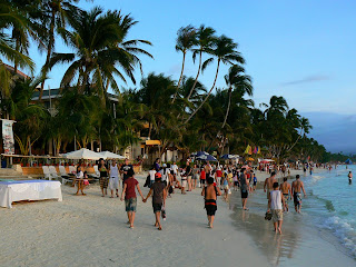 Obiective turstice Filipine: White Beach