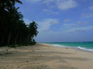Plaja pustie la Boracay