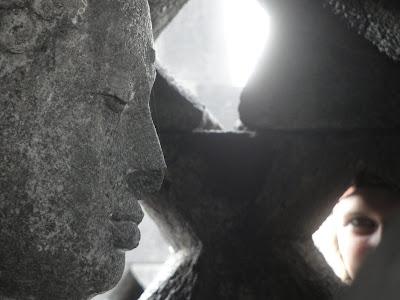 Statuie Buda la Borobudur