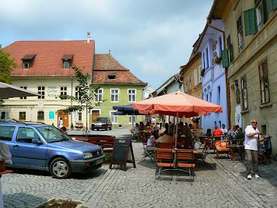 Imagini Romania: piata centrala cetatea Sighisoara