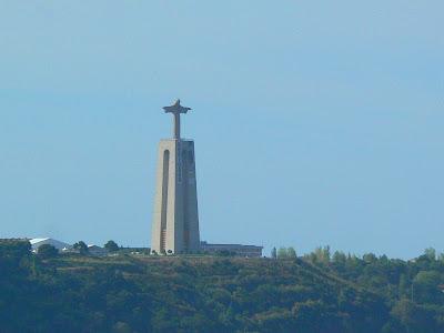 Statuia lui Isus din Portugalia