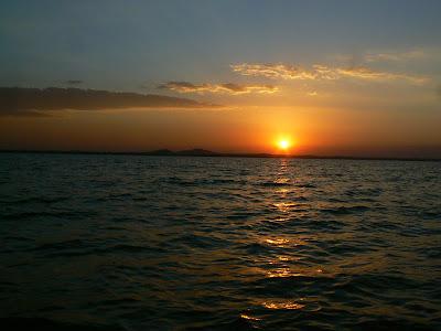 Imagini Etiopia: apus de soare pe lacul Tana