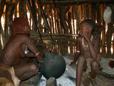 Imagini Etiopia: ceremonia cafelei la Hamer