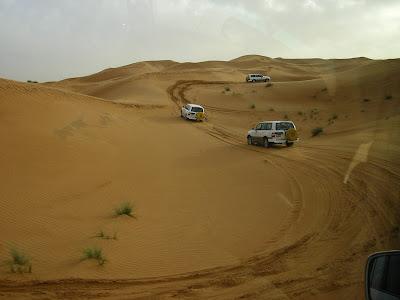 Imagini Dubai: Safari in desert pe duna