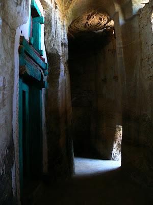 Imagini Etiopia: Abba Yohanni Tigray, biserica din pestera