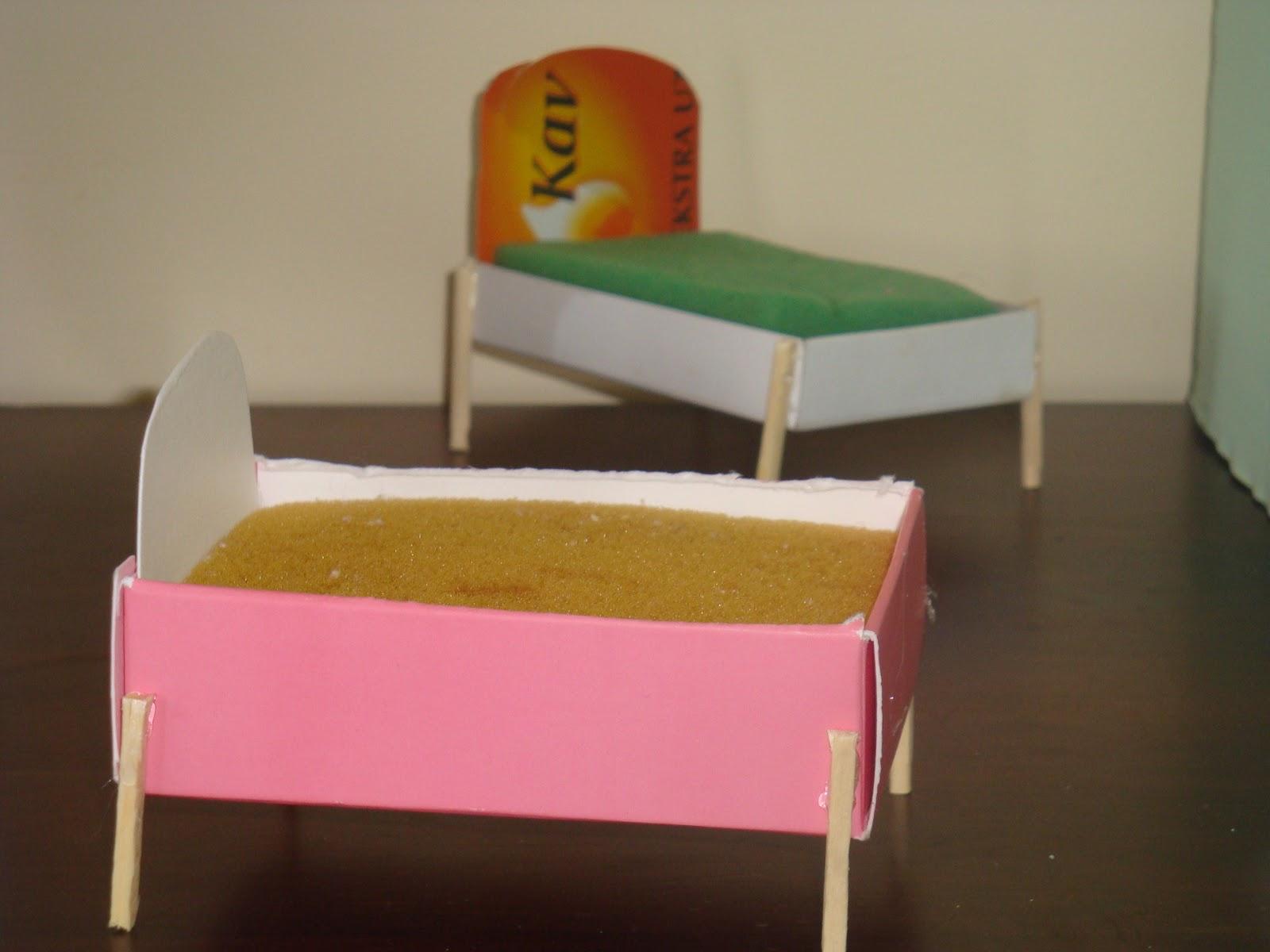 Pdf diy diy playhouse furniture download diy child for Diy homemade furniture